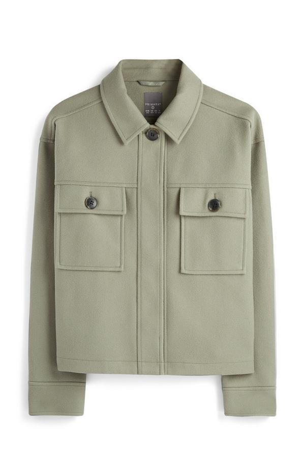 Giacca stile camicia verde con taschini
