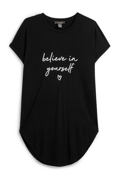 Schwarzes T-Shirt mit Spruch