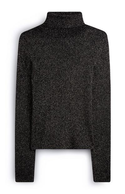 Jersey negro con cuello vuelto