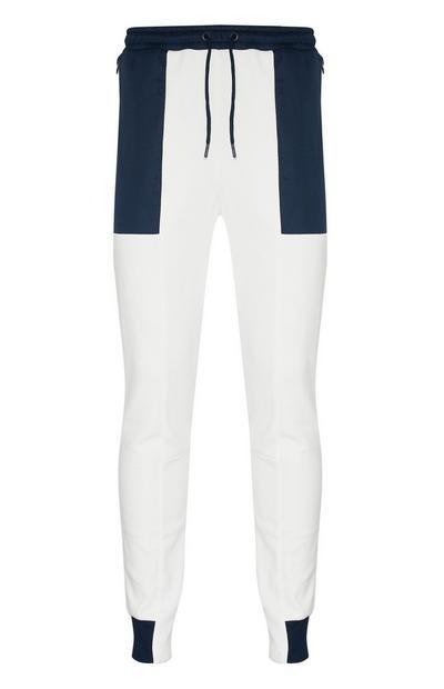 Pantalón de chándal blanco con bloques de color