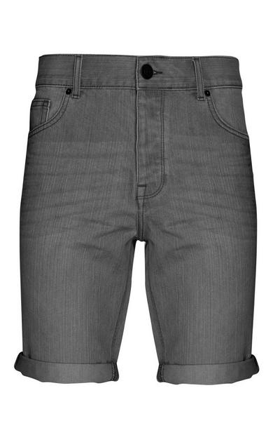 Short en denim gris foncé à revers