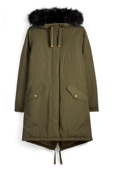 Parka color kaki