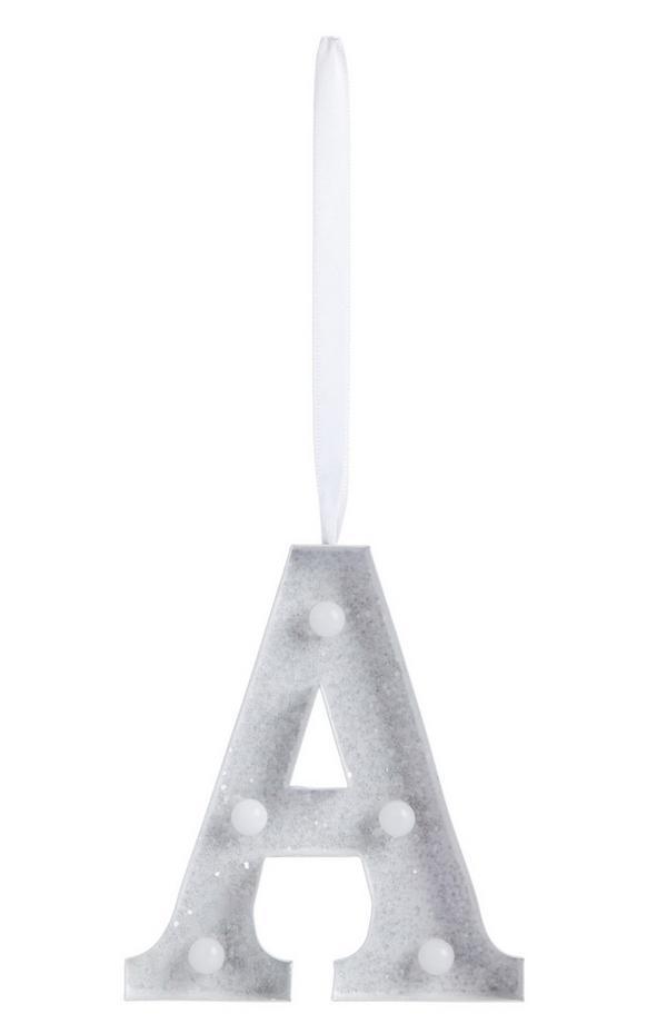 Leuchte zum Aufhängen mit Initiale