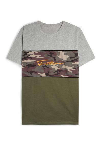 T-shirt à motif camouflage