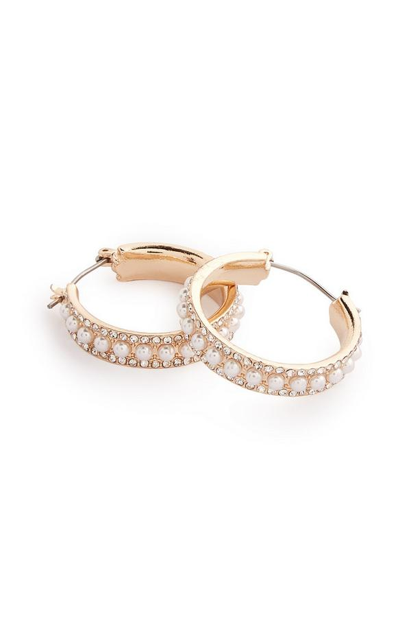 Goudkleurige ronde oorbellen met parels