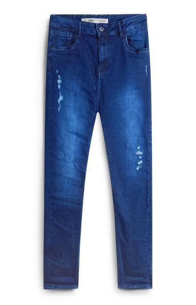 Jeans azzurri con strappi da ragazzo