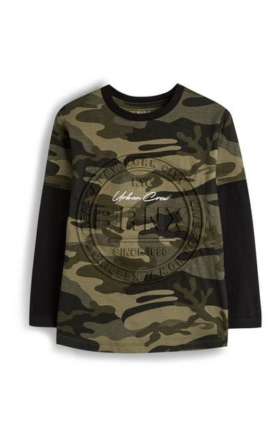 T-shirt a stampa mimetica con scritta BRNX in rilievo da bambino