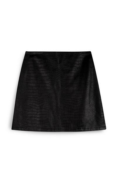 Minifalda negra de polipiel con estampado efecto piel de cocodrilo