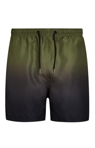 Grün-schwarze Badeshorts im Batik-Look