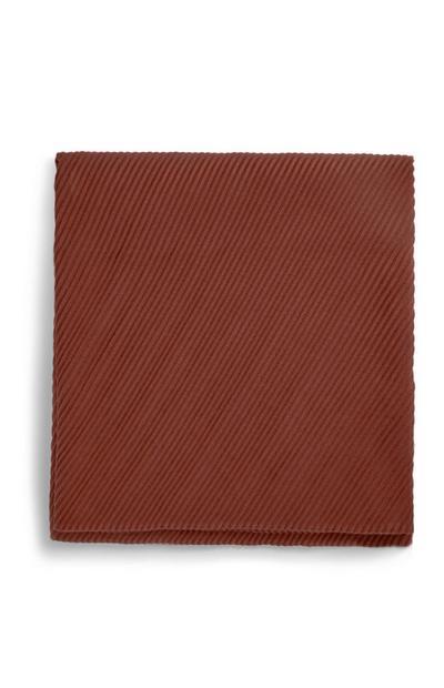 Écharpe bordeaux plissée
