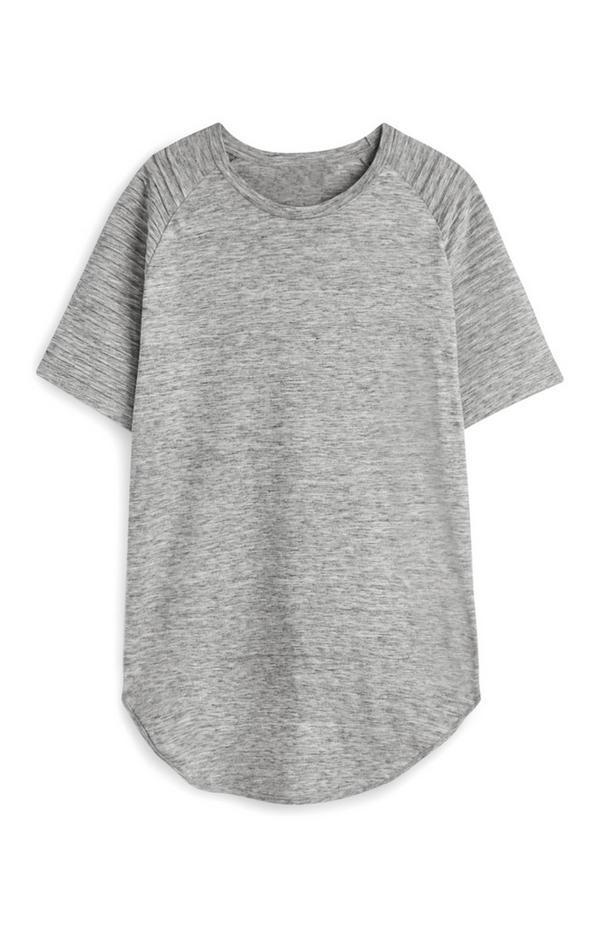 T-shirt raglã cinzento
