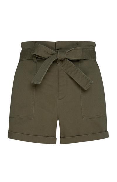 Kaki korte broek met hoge taille en strik