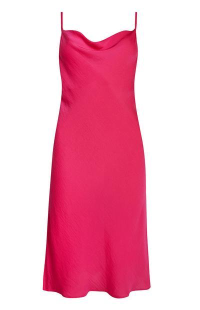 Slip dress rose à col bénitier