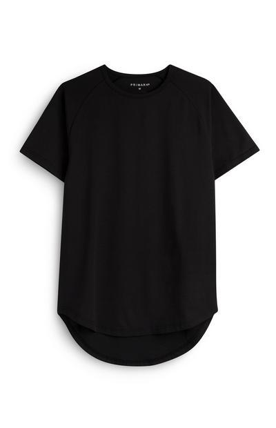 Črna majica z daljšim zadnjim delom