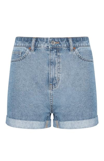 Blaue Mom-Shorts aus Denim