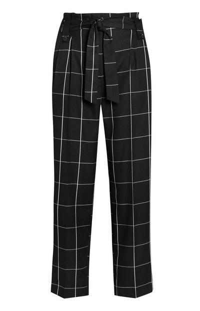 Pantalon ample noir et blanc à grands carreaux et ceinture
