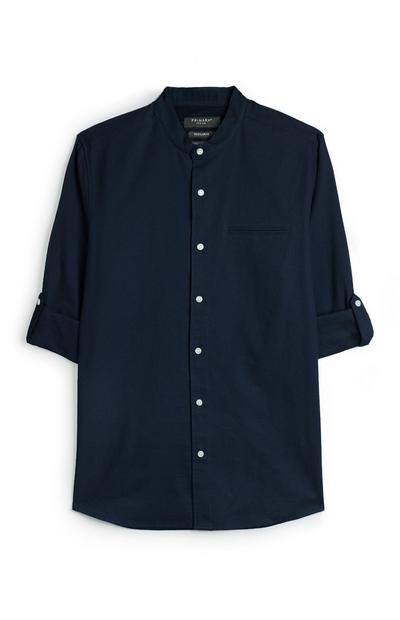 Donkerblauw overhemd met textuur en omgeslagen mouwen