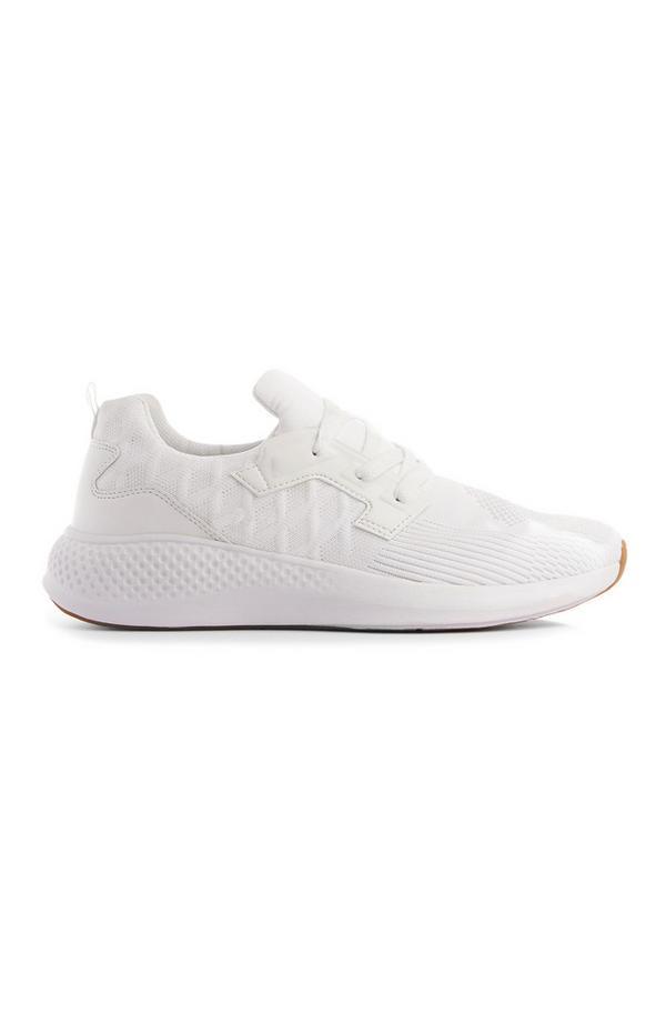 Weiße Sneaker in Strick-Optik