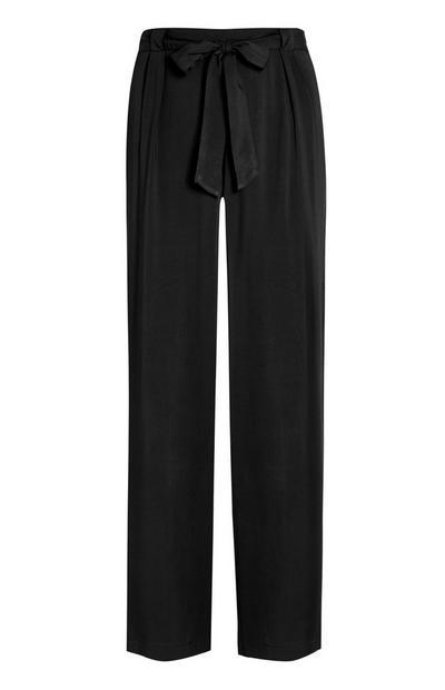 Črne hlače ravnega kroja iz viskoze