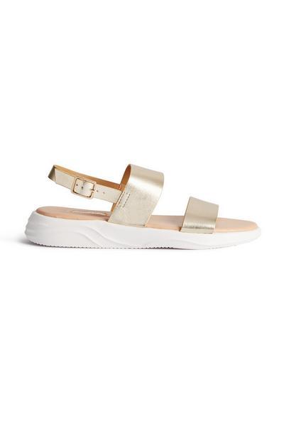 Goudkleurige sandalen met dubbele bandjes en gesp