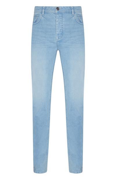 Slim-Fit-Jeans mit Stretchanteil in heller Waschung
