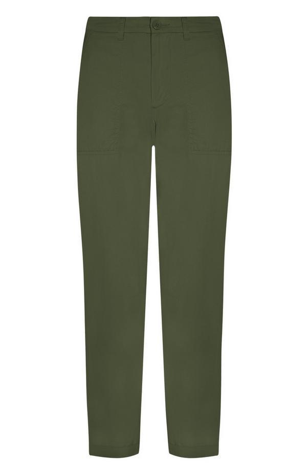 Zelene hlače chino našitimi žepi