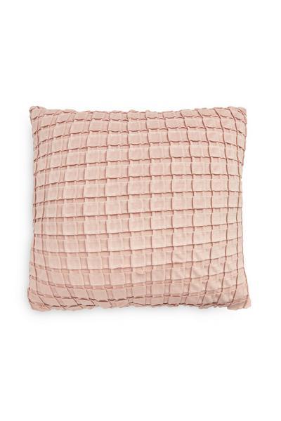 Coussin rose plissé