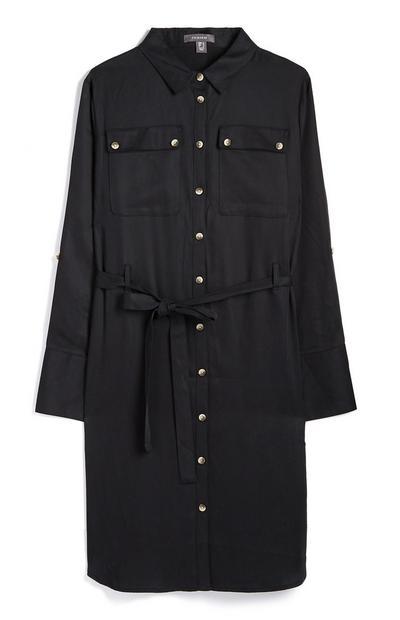 Zwarte jurk met knopen en riem