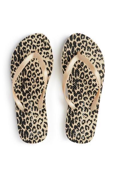 Chanclas con estampado de leopardo marrón