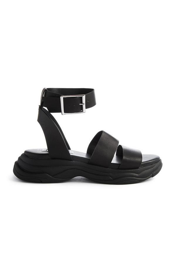 Schwarze, sportliche Sandalen mit dicker Sohle