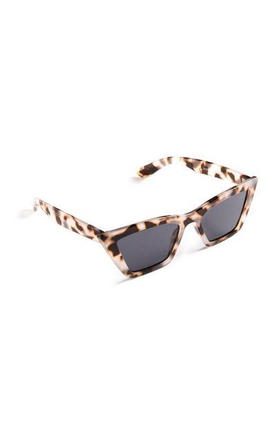 Braune, rechteckige Sonnenbrille in Schildpattoptik