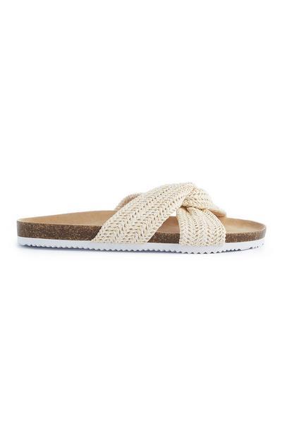Sandálias com nó em tecido creme