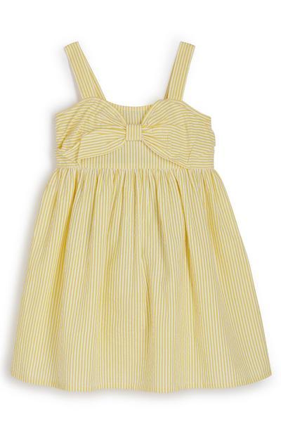 Rumena obleka iz mečkanke s pentljo za mlajša dekleta