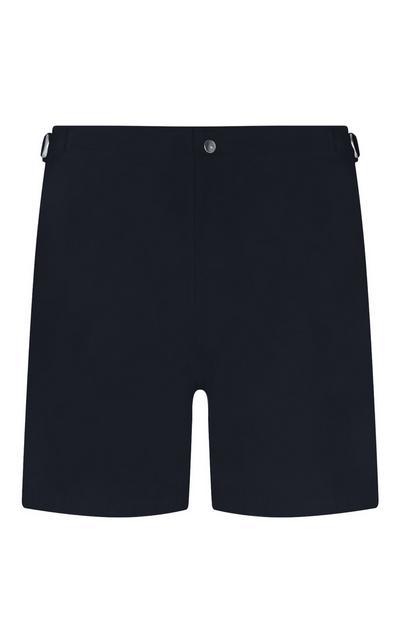 Short bleu marine avec passants de ceinture