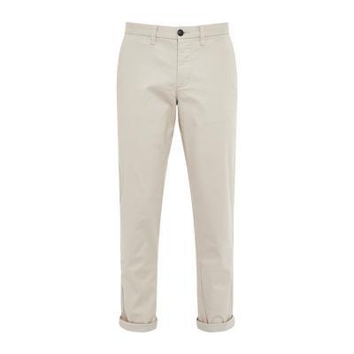 Pantalón chino ajustado elástico color crudo