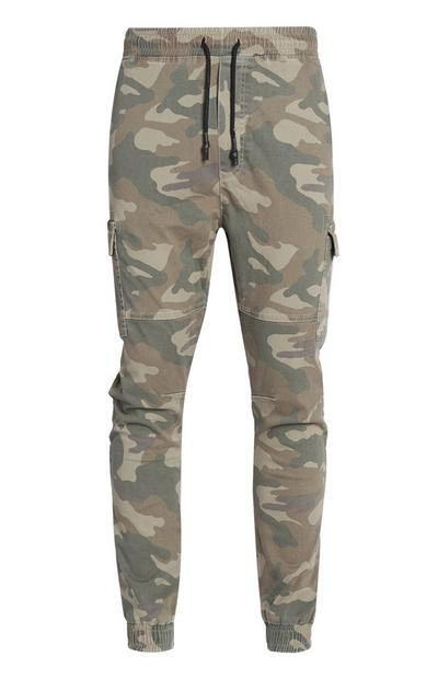 Pantalon cargo camouflage à revers