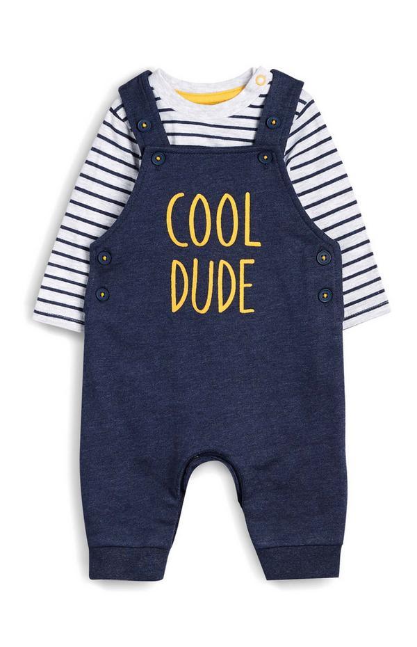 Pichi azul marino con el eslogan «Cool Dude» y camiseta a rayas