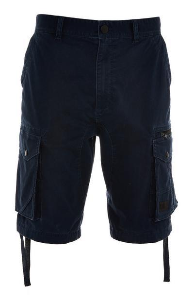 Pantalón cargo corto azul marino estilo militar