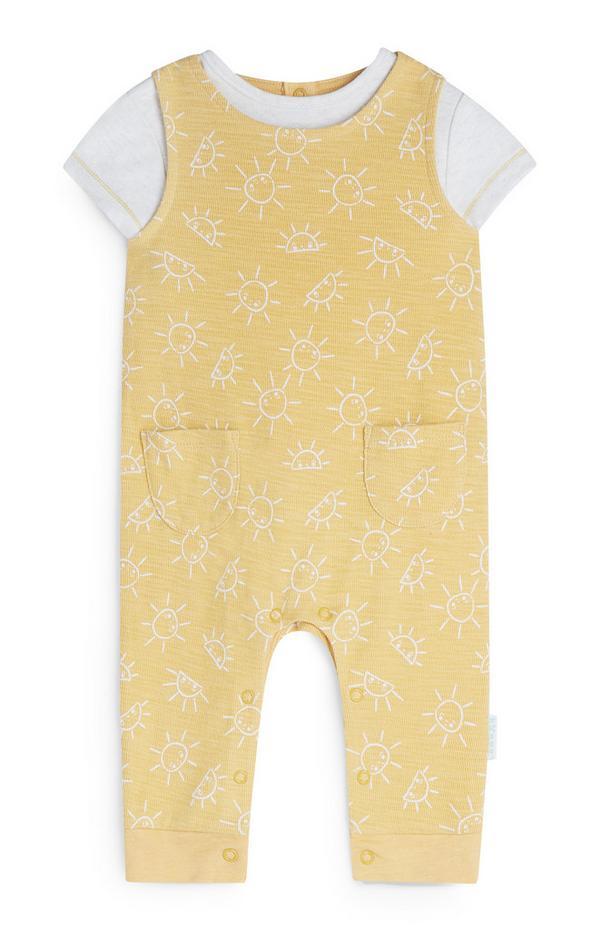 Gelbes Latzhosen-Set mit Sonnenmuster (Neugeborene)