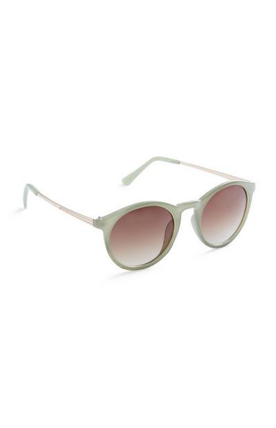 Grüne Sonnenbrille mit runden Gläsern