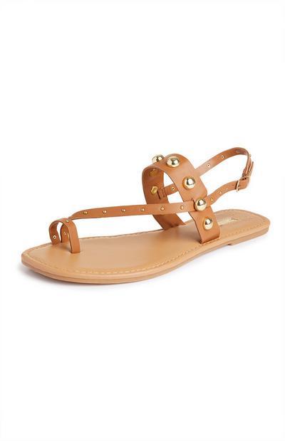 Sandálias alça dedo tachas castanho
