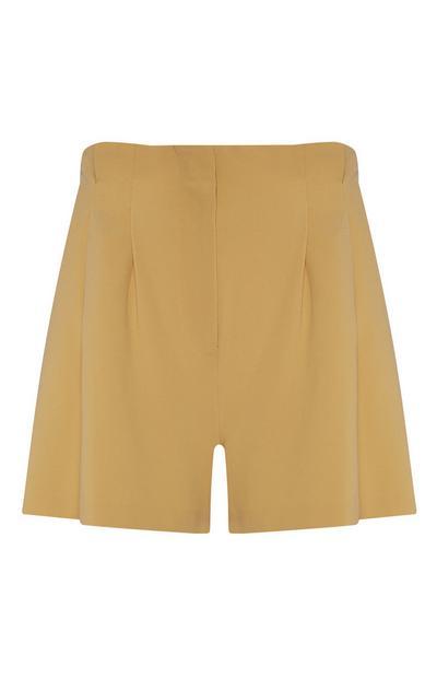 Short en sergé jaune