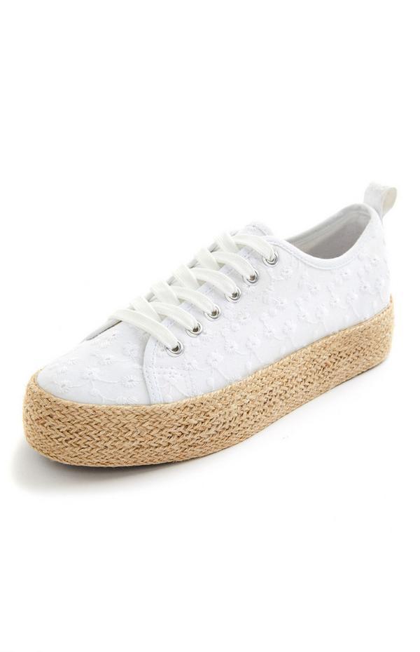 Witte vetersneakers met jute platformzolen