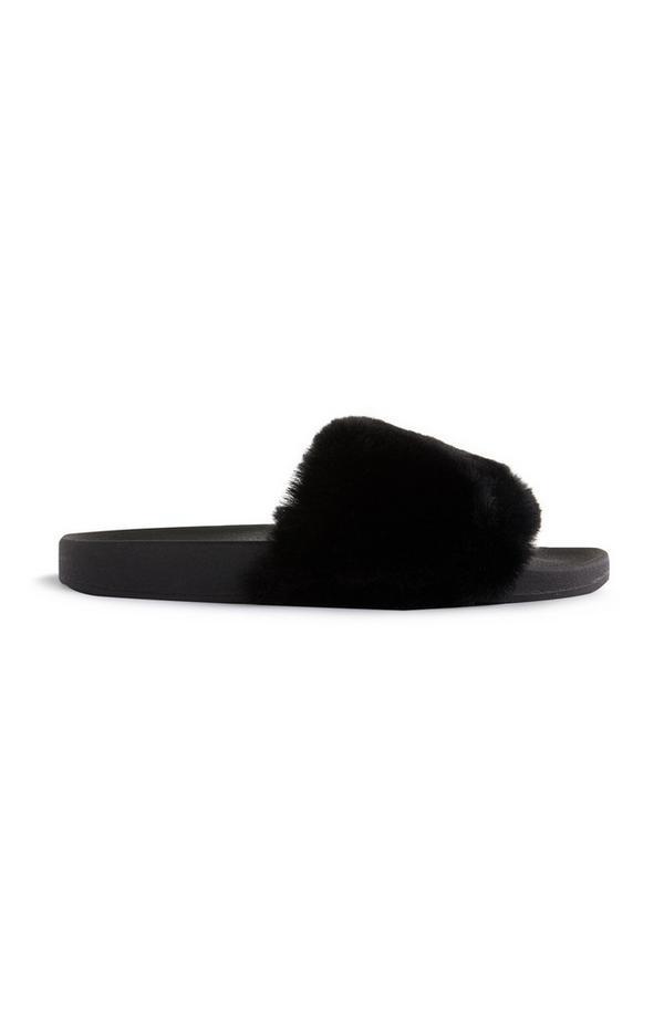 Ciabatte nere in pelliccia sintetica