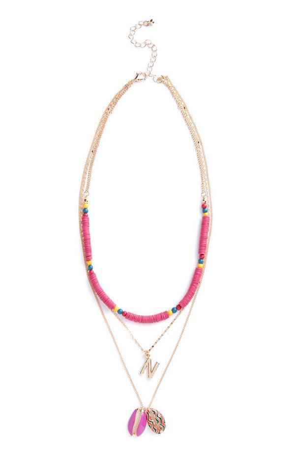 Collier rose à perles et coquillages avec initiale N