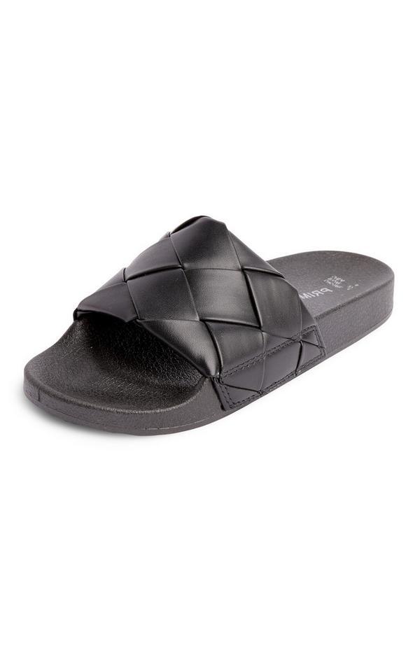 Zwarte slippers met gevlochten banden