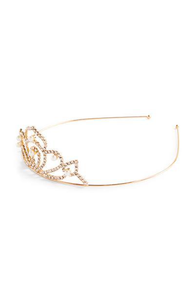 Goudkleurige tiara met parels