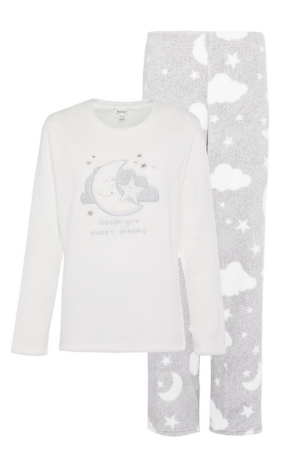 Pyjama gris en sherpa avec motifs appliqués