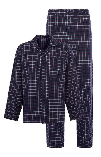 Angerautes Pyjamaset mit klassischem marineblauem Karomuster