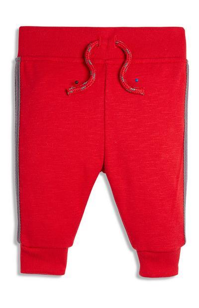 Rode joggingbroek voor babyjongens